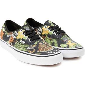 Vans x Disney Jungle Book Authentic Slip-on, sz 11